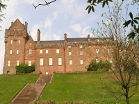 brodick-castle-front.jpg