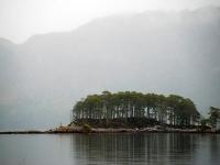 8_rainy-day-loch-maree.jpg