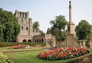 kelso-abbey