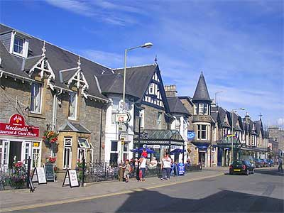 Pitlochry Scotland Map.Pitlochry A Quaint Victorian Town Scotland Info Guide